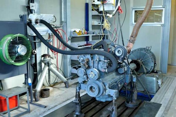 2-sala-prova-motore99A56CA1-8F7F-4672-D815-81346B7E9866.jpg