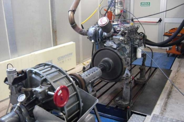 6-motore-sedeF4C10FB6-F520-0D31-694A-FE2F82912DDB.jpg