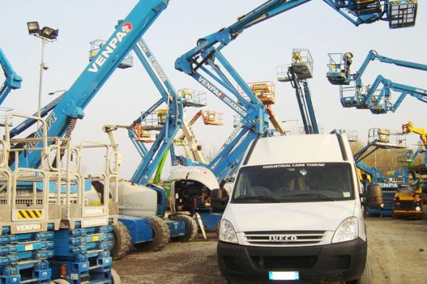 industriale-2058CE9F30-532D-40E9-A5D7-A1DBF99AE27D.jpg